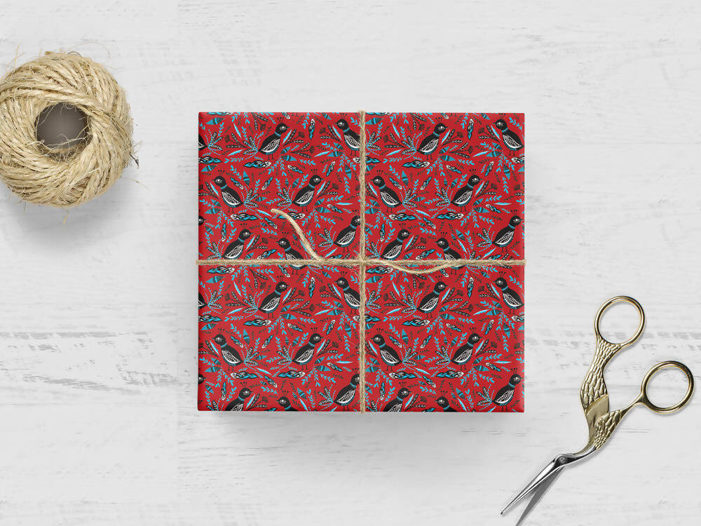HOLIDAY BIRDS WRAPPING PAPER
