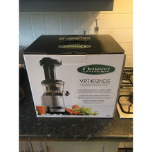 Omega Juicer VRT402S Box