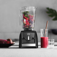 Vitamix Blender Ascent Series A2500i In Use