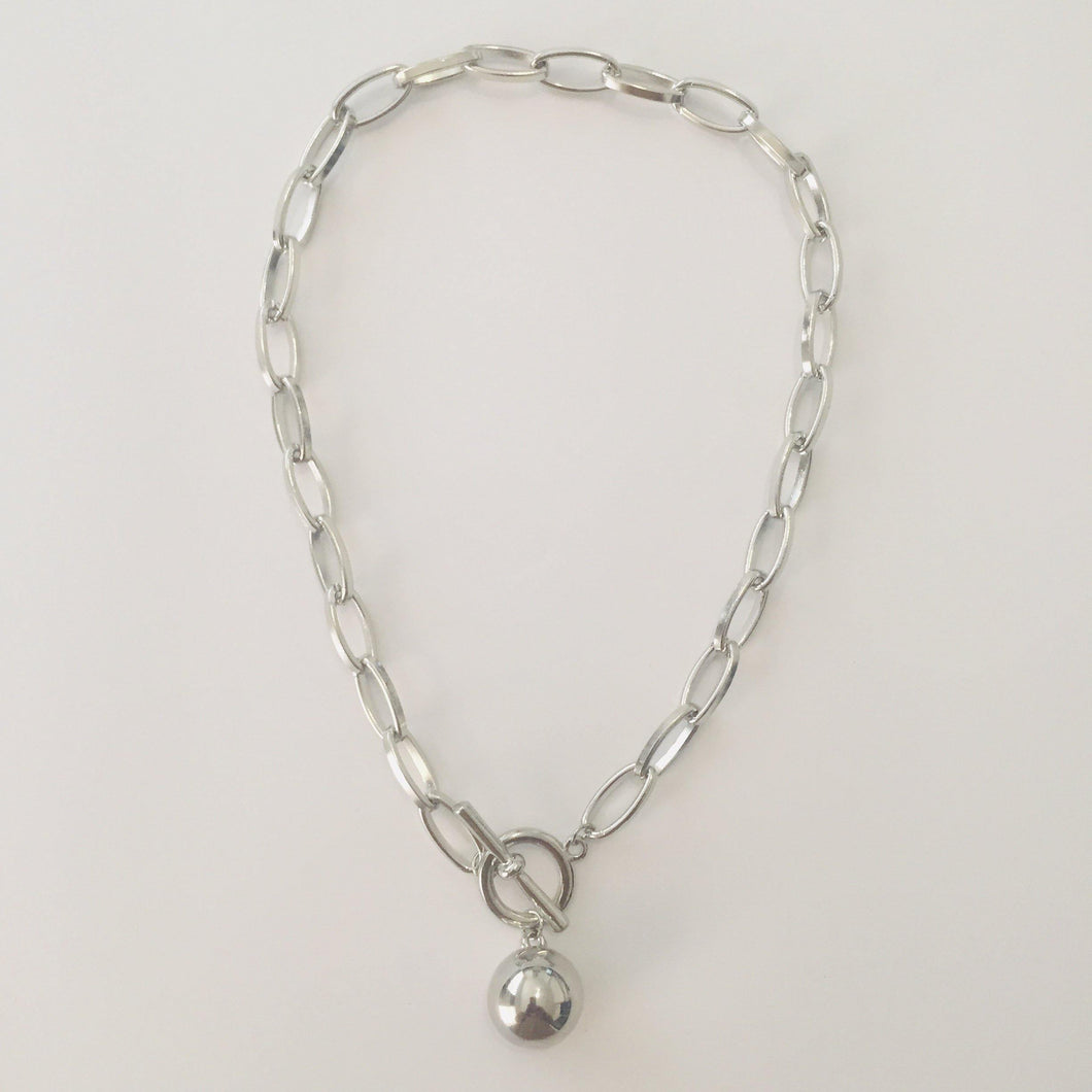 Silver oval link chain necklace with ball pendant (free gift bag)