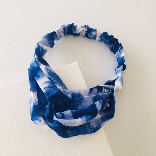 Navy tie dye headband (not an alice band)