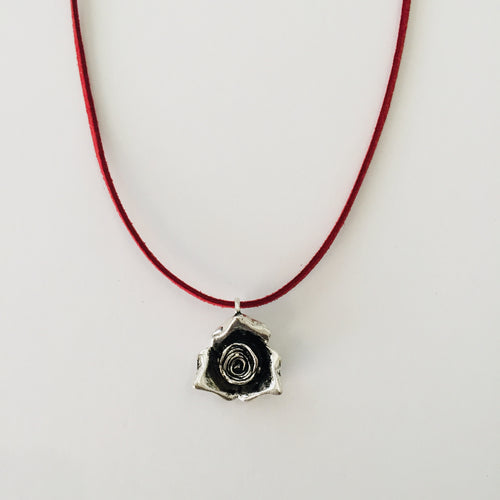 Silver rose necklace - Zees Fashion