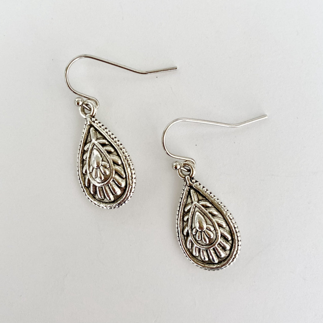 Tess silver earrings