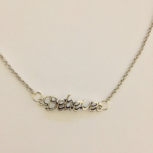 Silver Believe pendant chain necklace (Free Gift Box)