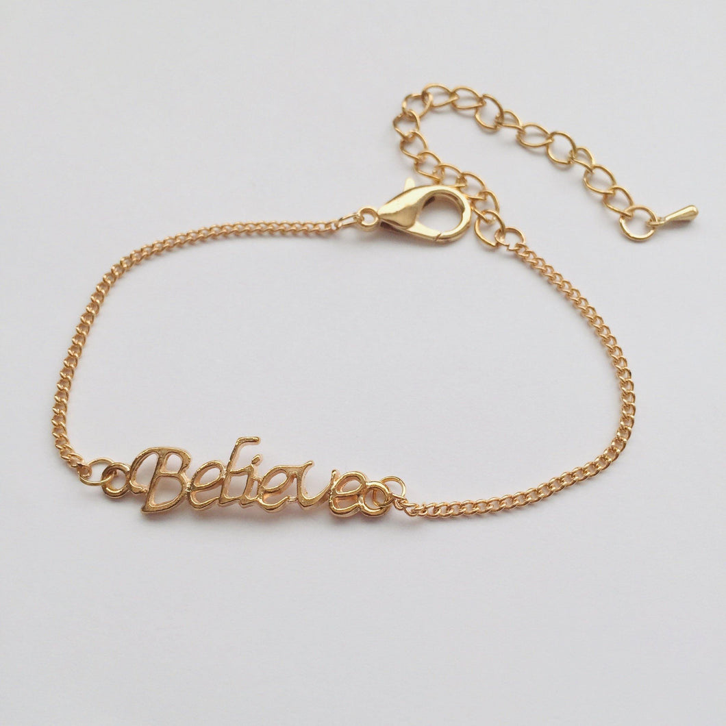 Gold Believe anklet (free gift bag!)