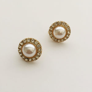 Pearl clip on earrings (gold)
