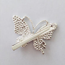 Load image into Gallery viewer, Asami butterfly hair clip