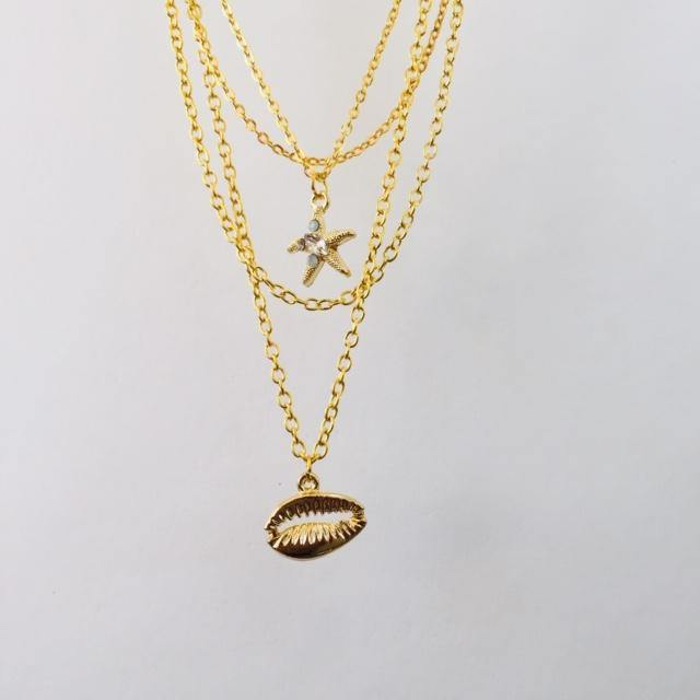 Margot gold chain necklace (free gift box)