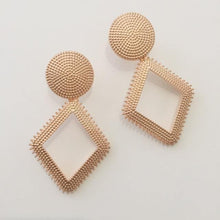 Load image into Gallery viewer, Vera rose gold earrings