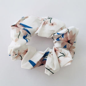 Lisa white floral scrunchie