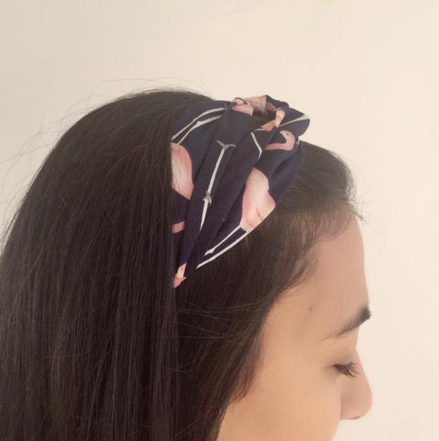 Navy headband with pink flamingo print (not an Alice Band)