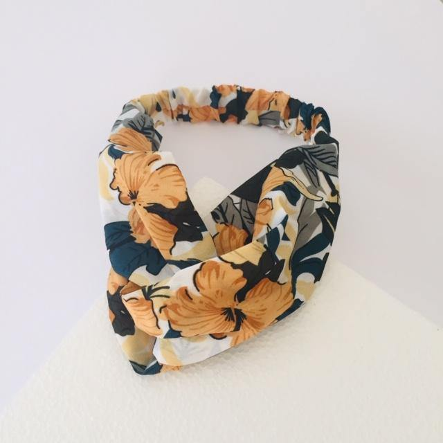 White and beige tropical headband (not an alice band)