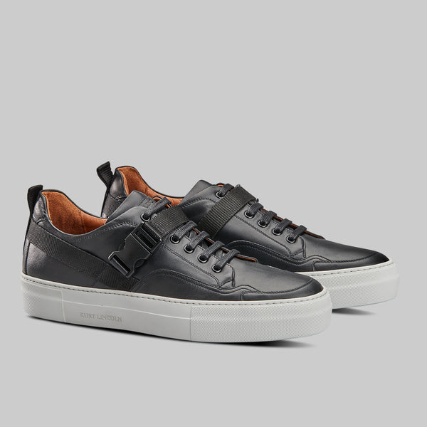 BLACK CALF LEATHER LOW TOP SNEAKER