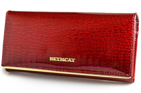 'Beth Cat' Brand Women's Genuine Leather Wallet with Alligator Pattern