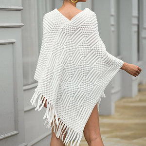 Women Fashion Tassel Hairball Women Cape Coat Knit Jumpers Native Ponchos Cape Coat Mujer Pullover