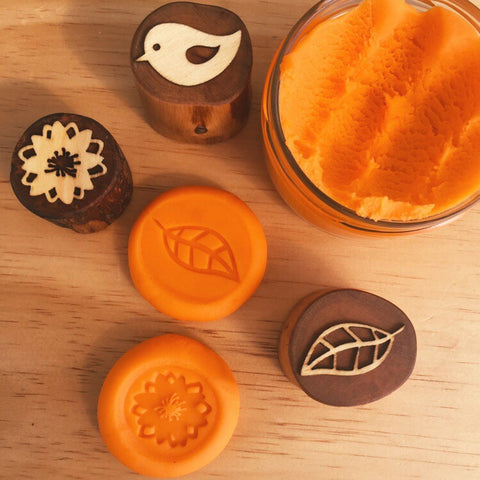 Sweet Orange handmade play dough. Made in NZ using safe, non toxic ingredients. Kid safe and earth-friendly eco toy. Buy NZ made play dough! Perfect for Christmas stocking stuffer or birthday presents and gifts.