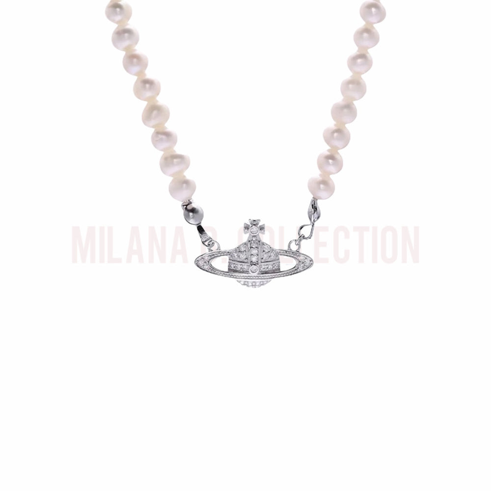 Classic Saturn Pearl Necklace