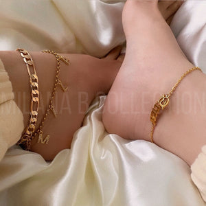 Load image into Gallery viewer, Dainty Gold Initial Anklet