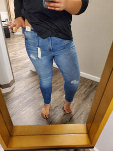 Curvy Medium Wash Jeans with Frayed Hem