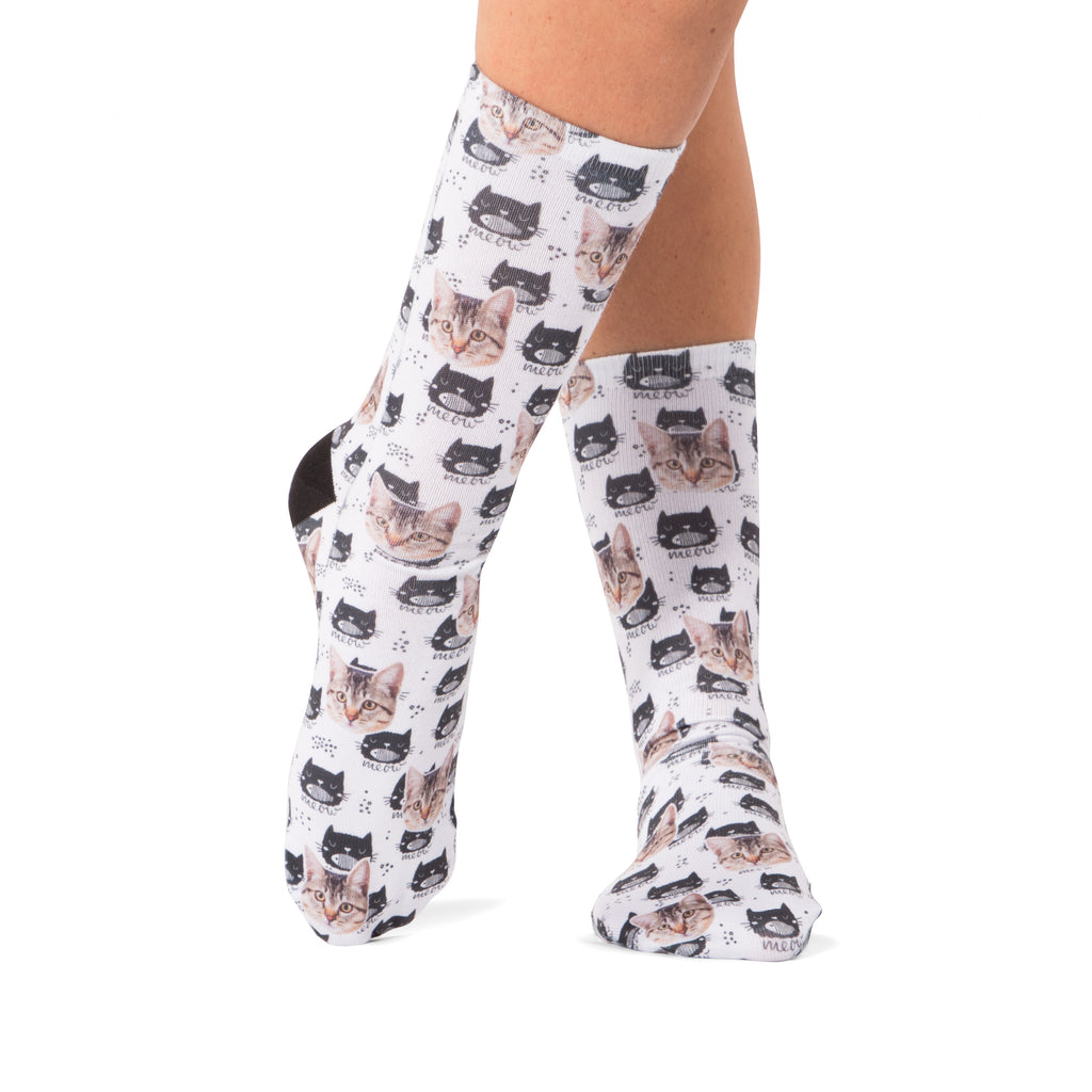 Meow Cat Pattern Socks