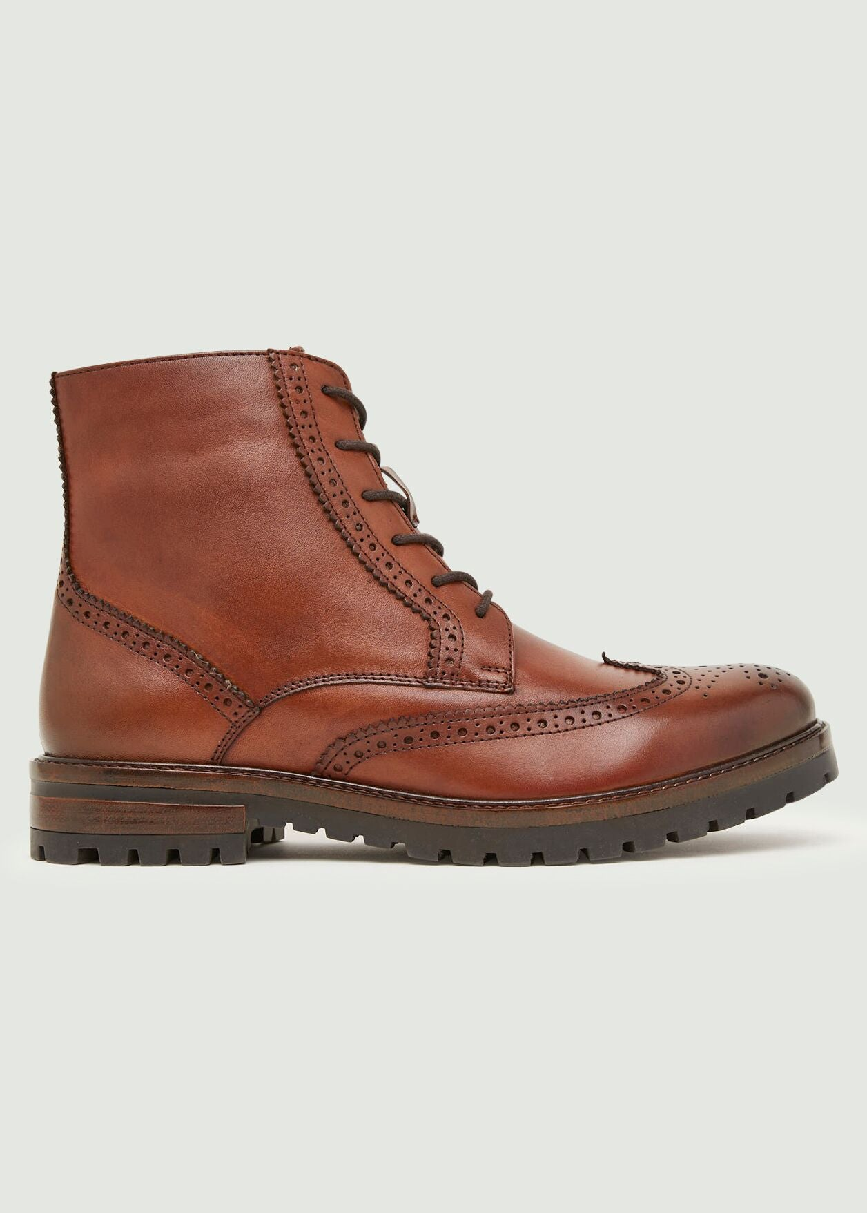 Evan Brogue Boot - Tan