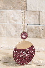 Load image into Gallery viewer, Filigree Pendant Necklace