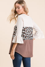 Load image into Gallery viewer, Leopard Color Bell Sleeve Top