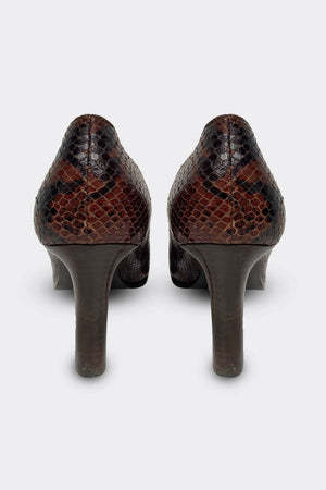 Yves Saint Laurent Python Court Shoes Size 38 (UK 5)