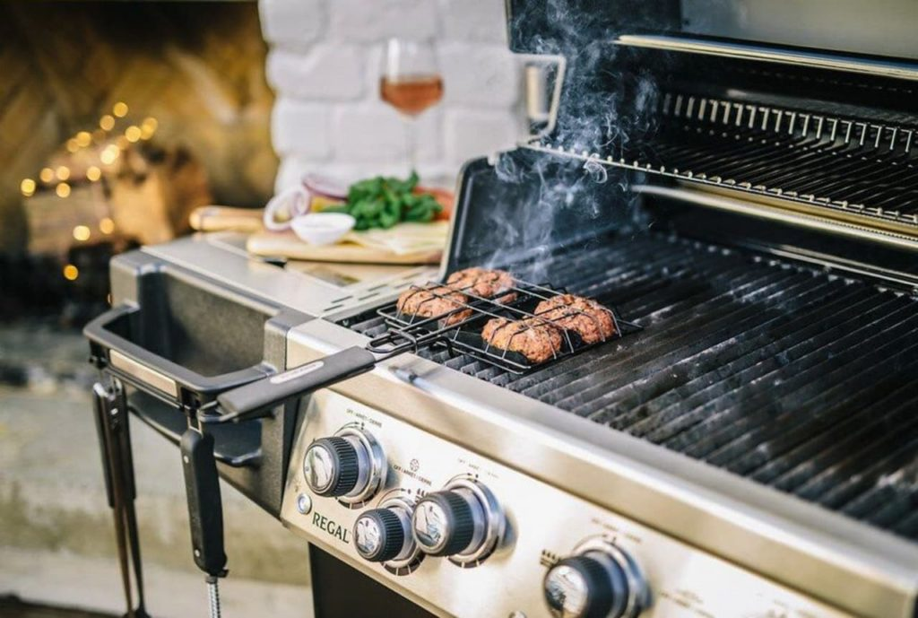 outdoor kitchen and grills at sunpoke in fredericton