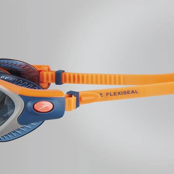 SPEEDO FUTURA BIOFUSE FLEXISEAL TRIATHLON POLARISED FEMALE GOGGLES