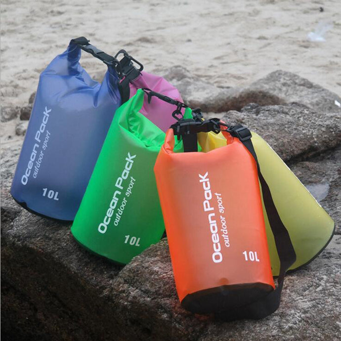 waterproof-drybag-outdoors-10L-shoulder-bag-multicolored