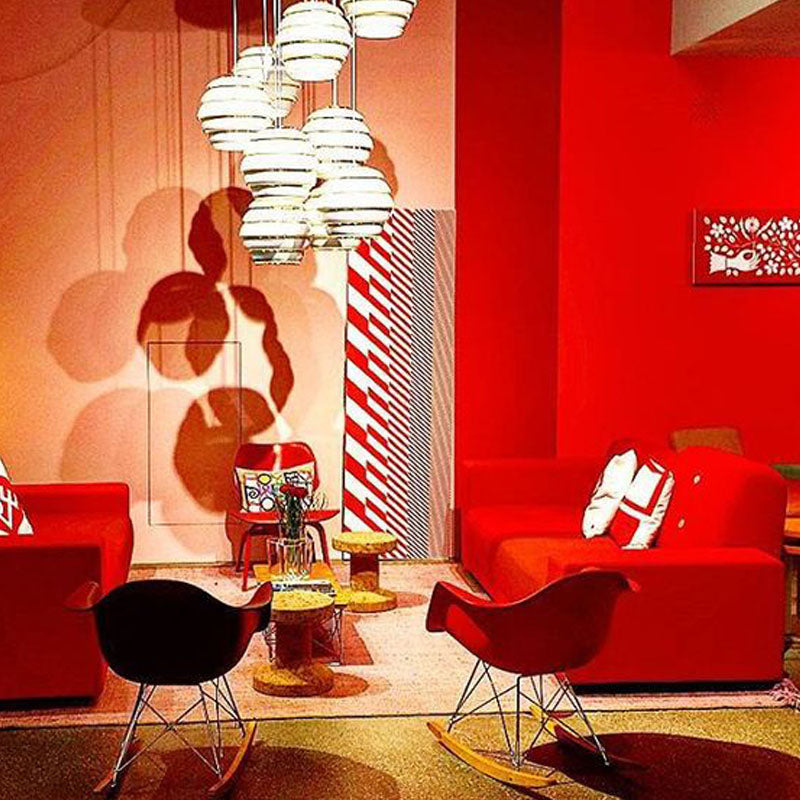 Eames RAR schommelstoel rood - Charles & Ray Eames