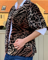 Aurelia  Short sleeved Leopard print shearling jacket