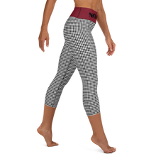 Load image into Gallery viewer, Noami Workout Rhythmic Capri Leggings
