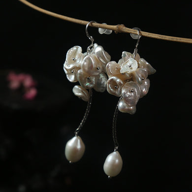 Trendy 2020 natural hand crafted hanging pearl  earrings flower type