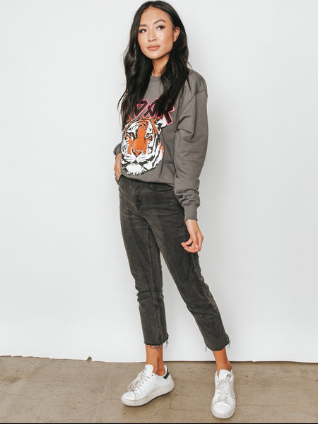 """I'd be Lion"" Roar Graphic Sweater"
