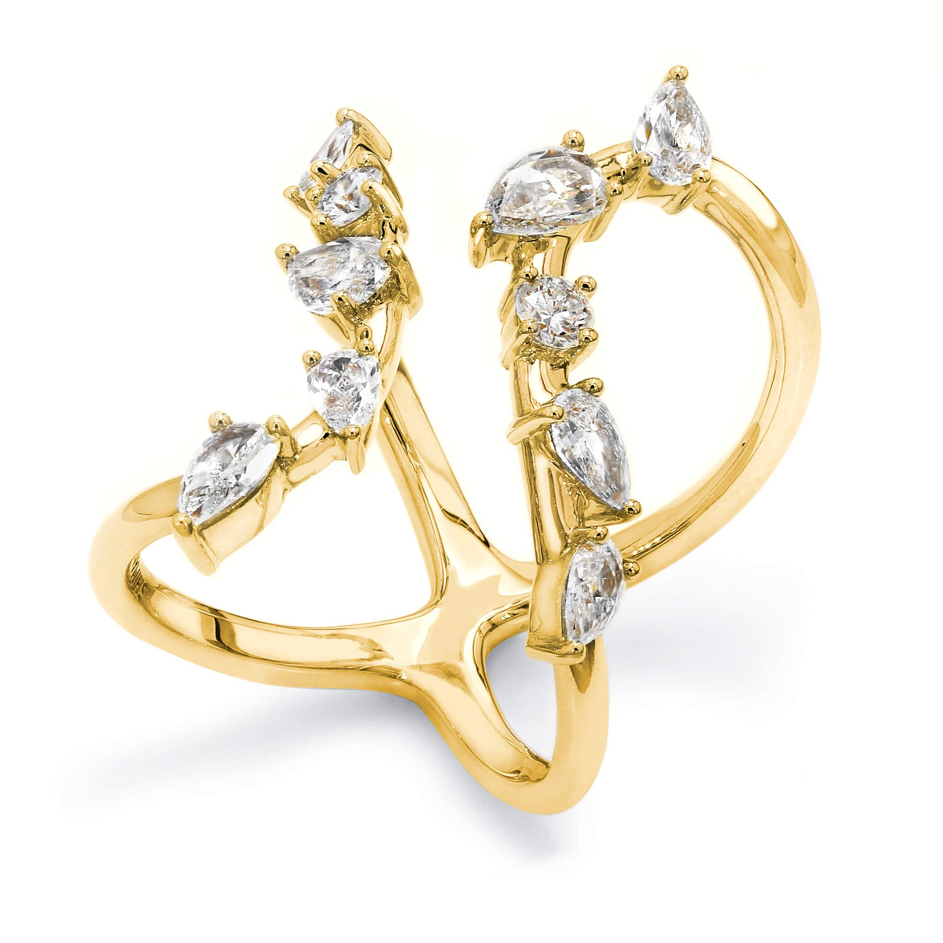 Flamenco Ring in 18K Yellow Gold Set With Diamonds 3D View