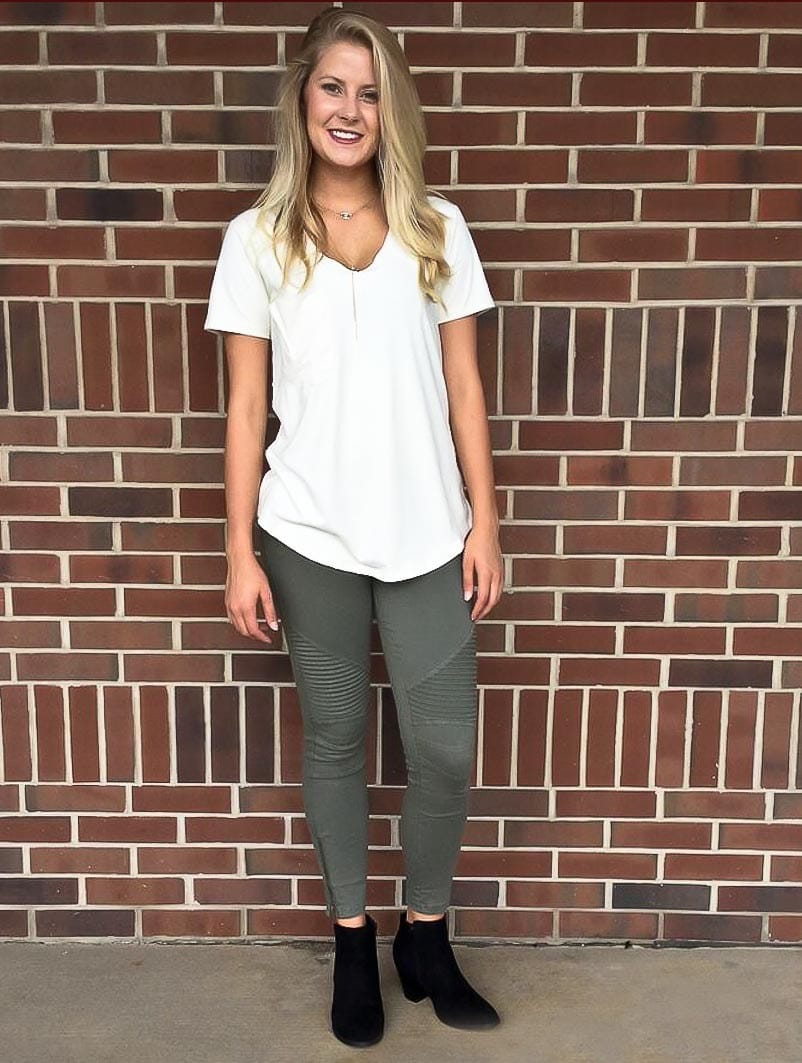 0e5f589a87fe0d We paired our olive green moto pants with a faux suede Z Supply tee and  black ankle boots. ...