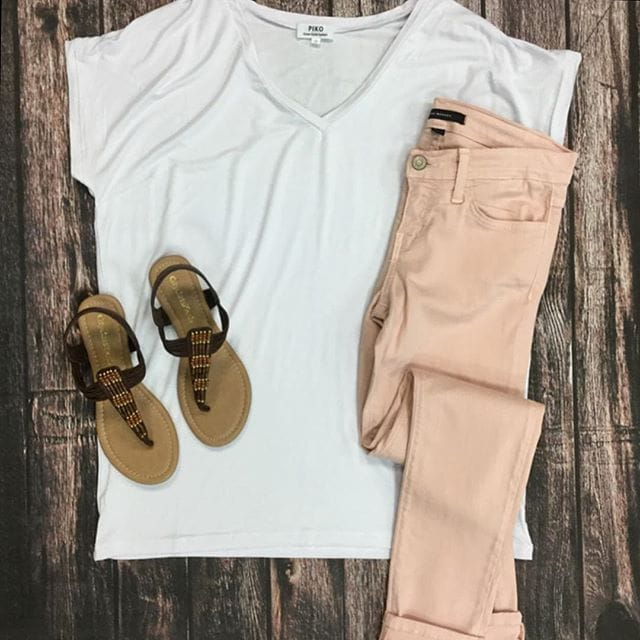 flay lay out fit