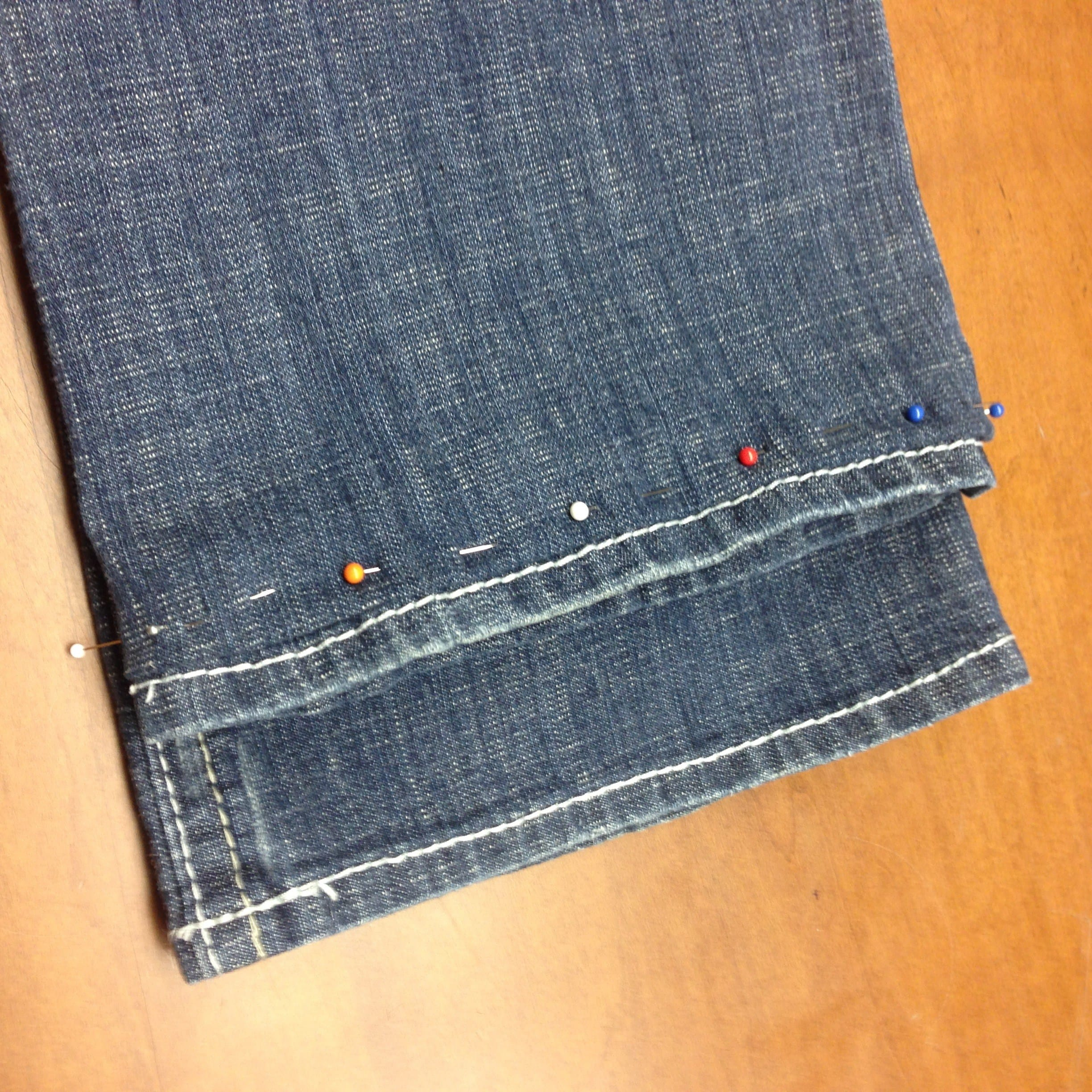 hemming-your-jeans-with-and-keep-the-bottom