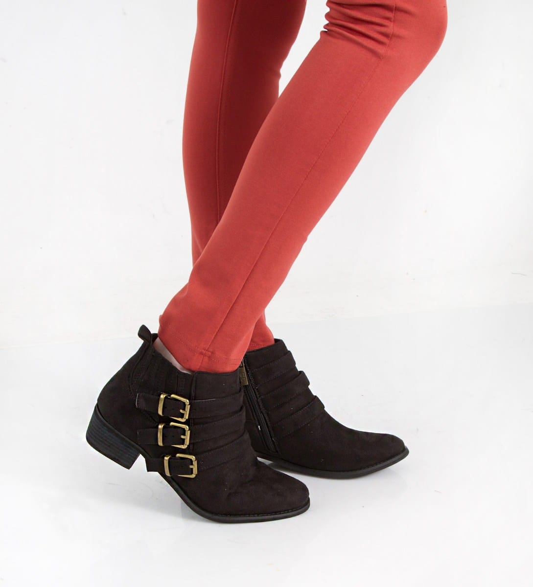 what boots to wear with skinny jeans ankle booties