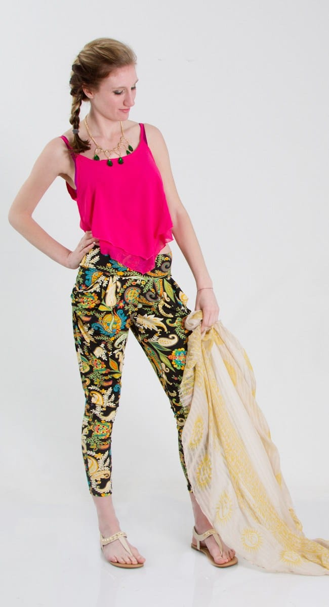 Teenbell Hanki top with printed harem pants