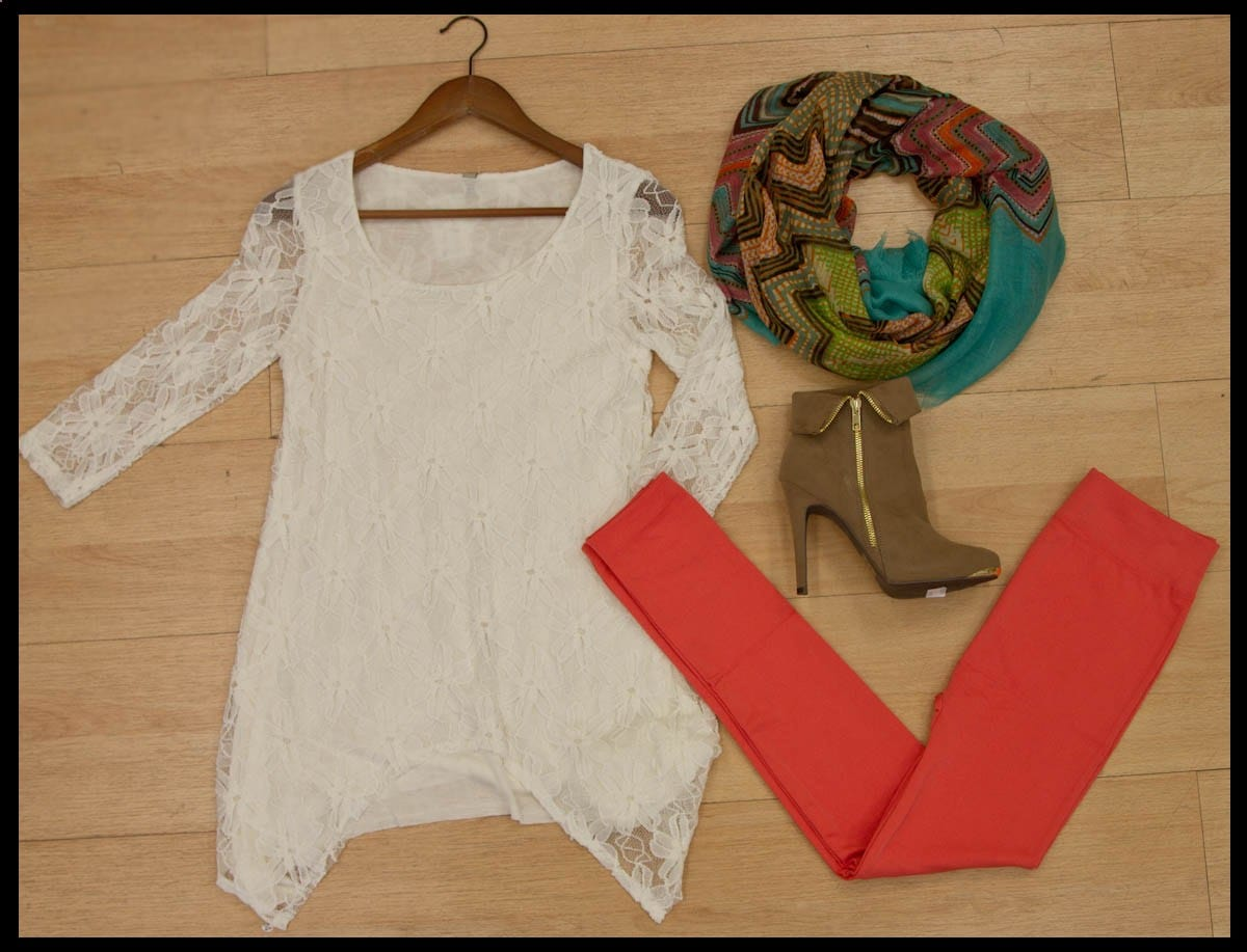 Floral Daisy Lace Top with Sharkbite Hem T-13272