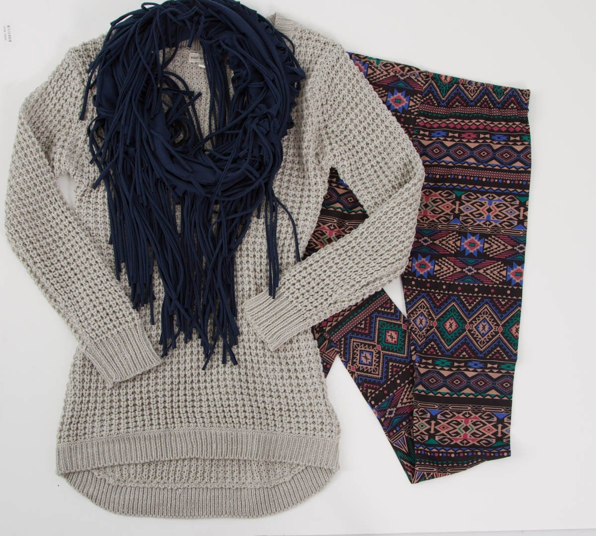 Aztec Leggings, Gray Chunky Sweater, and Navy Fringe Scarf