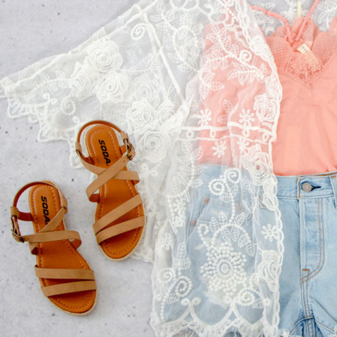 Lace Kimono and Lace Camisole Outfit