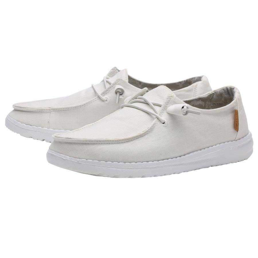 white hey dude shoes