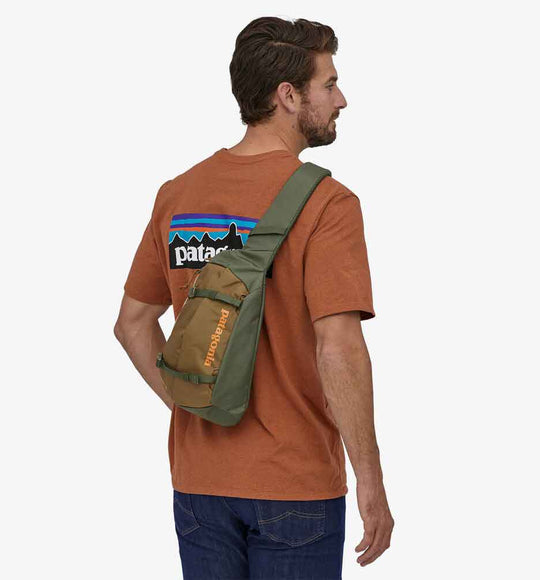 Patagonia Atom 8L Sling Bag in Industrial Green