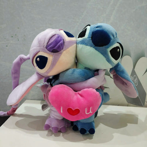 Lilo & Stitch couple