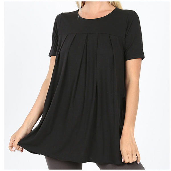 Plus Size Black Short Sleeve Pleated Top