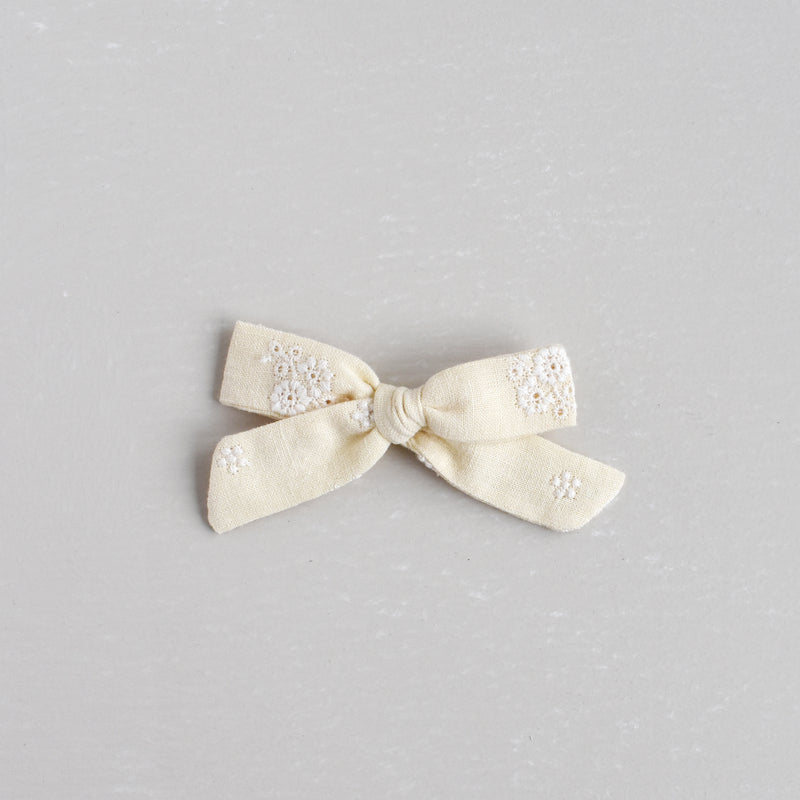 Medium Schoolgirl Bow // Lemony